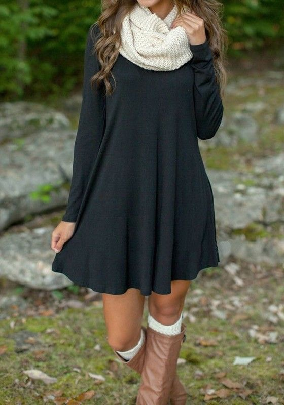 b5deb440d3a What to Wear to Thanksgiving Dinner  An Outfit for Any Occasion ...